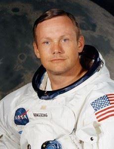 Neil-Alden-Armstrong-230x300