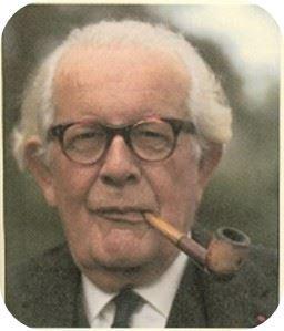 Jean-Piaget-1-257x300